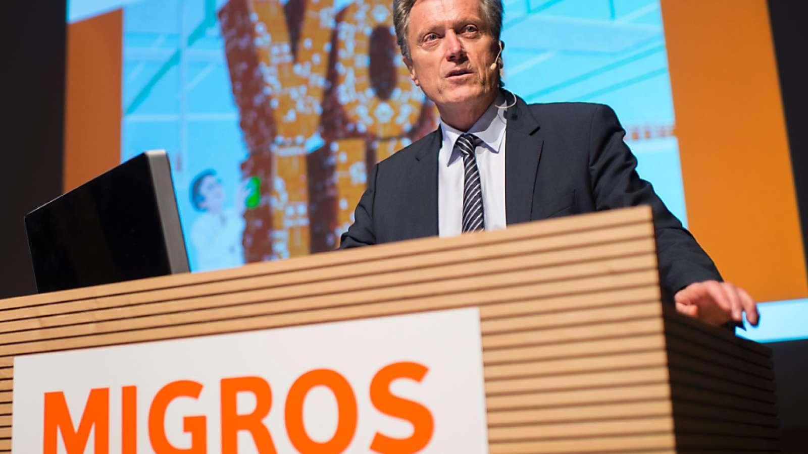 Nach einem fast kompletten Berufsleben bei Migros sagt Chef Herbert Bolliger: «Ich bereue nichts.» (Archivbild)
