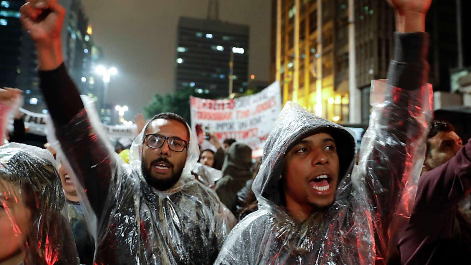 Keine Schönwetter-Demonstranten: Protest gegen den brasilianischen Präsidenten Michel Temer.