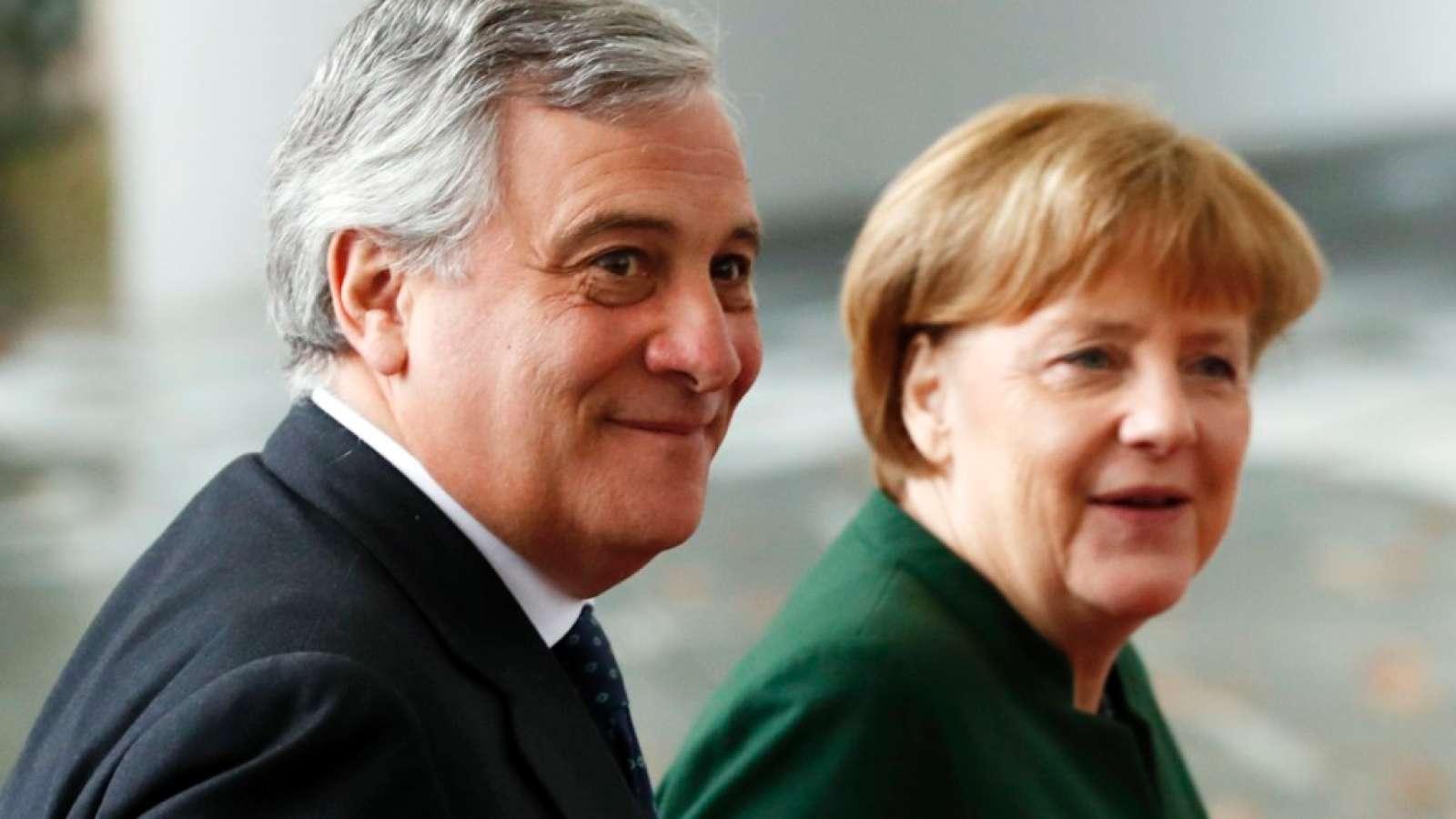 EU-Parlamentspräsident Antonio Tajani spricht sich für Flüchtlingsauffanglager in Libyen aus. (Archivbild)