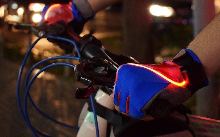 fahrradhandschuh mit blinker